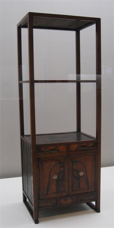 Seoul National Museum Schrank
