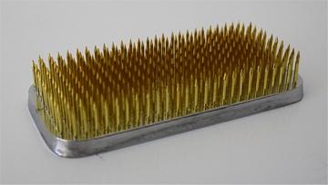 Kenzan rechteckig lang 11 x 5.3 cm